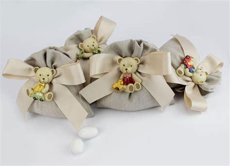 fiori bomboniere on line sacchettino orsetto magnete bomboniera comunione