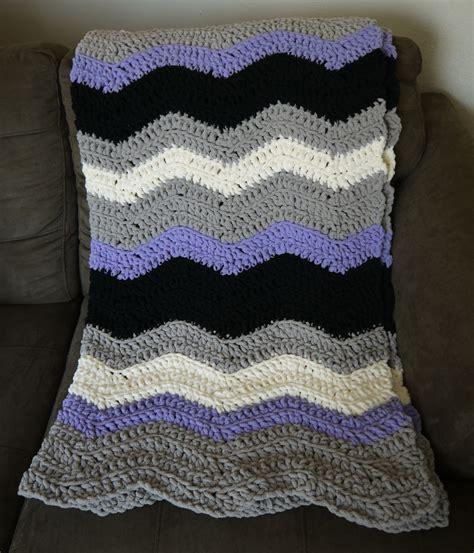 bernat pattern video chevron blanket crochet pattern with bernat blanket yarn