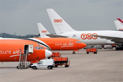 liege flights new qatar cargo flights boost optimism at liege airport