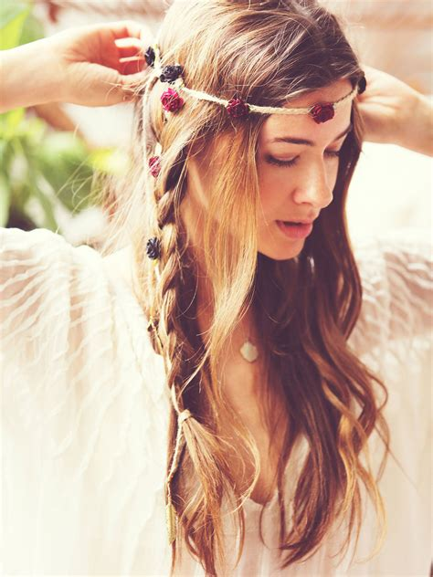 gypsy style hairstyles messy bohemian hairstyles new haircuts to try for 2018