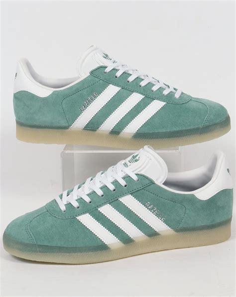 Promo Sepatu Adidas Gazele Suede Sol Gum adidas gazelle trainers grey white gum suede originals 80s 90s