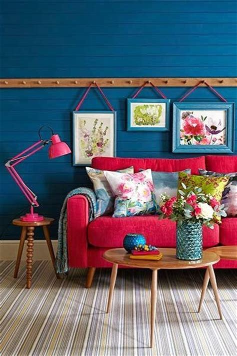 blue walls red couch best 25 red couch rooms ideas on pinterest red couch