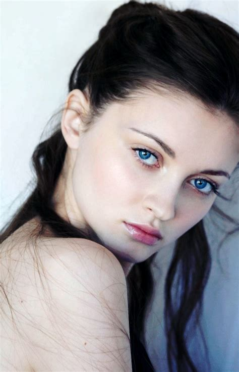 Hairstyles For Black Hair Pale Skin | black hair blue eyes pale skin hairstyle for women man