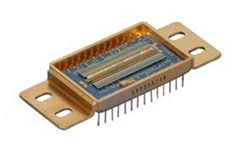 linear diode array 1 and 2 d ingaas focal plane arrays and linear arrays