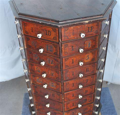 Bargain John's Antiques   Country Store Antique Screw