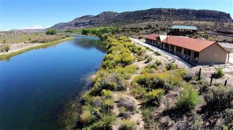 Riverside Lodge Cabins River Nm by Riverside Lodging Available On The San Juan River