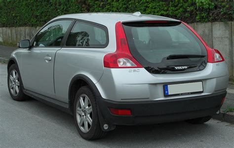 Volvo C30 Specifications by Volvo C30 Technical Specifications And Fuel Economy