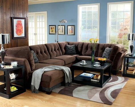 brown microfiber sofa similar to ours i ike the blue pillow and throw books worth