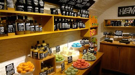 Lush Fresh Handmade Cosmetics Locations - lush cosmetics locations curls understood