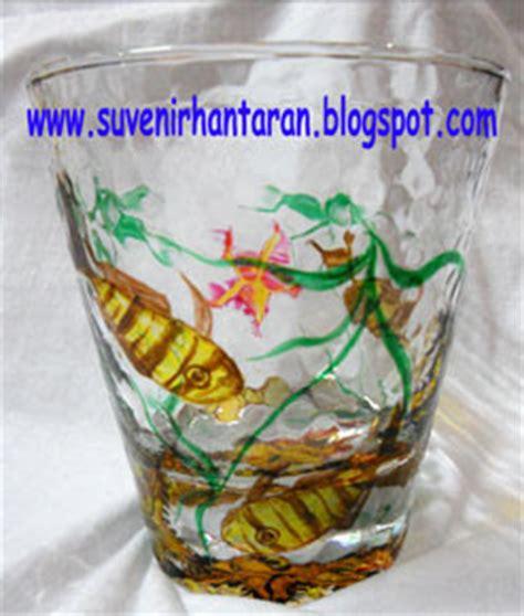 Pajangan Kaca Bintang souvenir dan hantaran gelas pendek bertekstur lukis kaca made