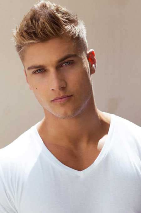 a short blonde hairstyle from the 2015 mens collection mens blonde hairstyles 2013 mens hairstyles 2018