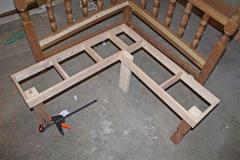 Woodworking Plans Corner Bench