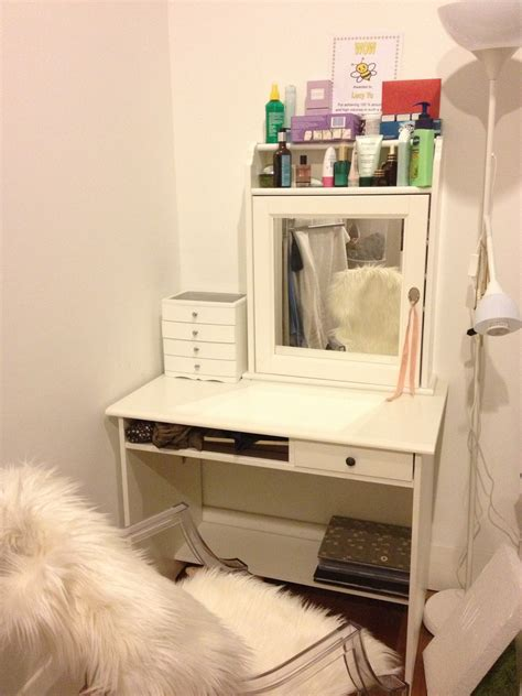 Small Corner Vanity Table Diy Wood Makeup Vanity Table Painted With White Color Plus Makeup Storage Above Mirror And