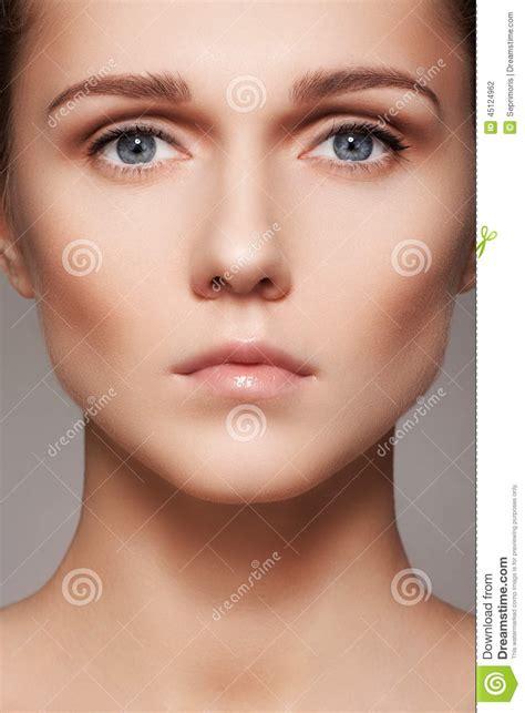 Belleza Skincare belleza skincare y maquillaje cara modelo de la