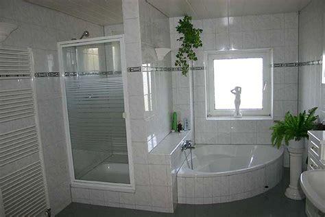 Englisches Badezimmer by Grosses Vollbad Im Gest 252 Tshaus Mit Dusche Mit