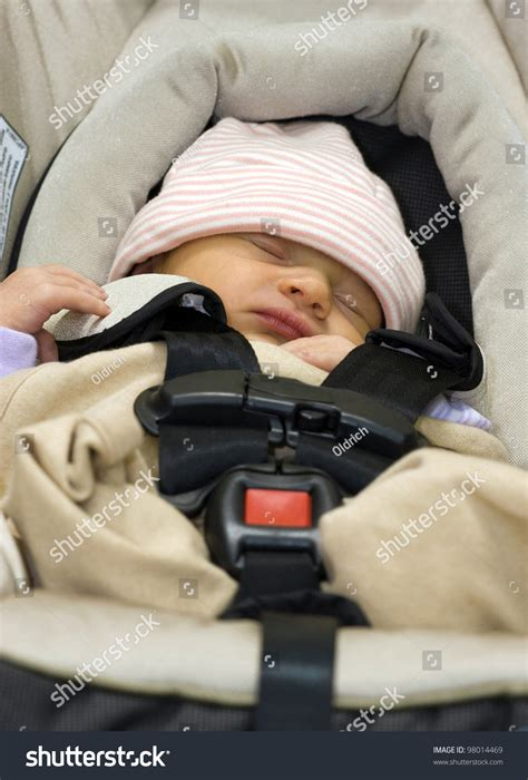 infant sleeping in car seat safe 3 days baby sleeping in a safety infant car seat