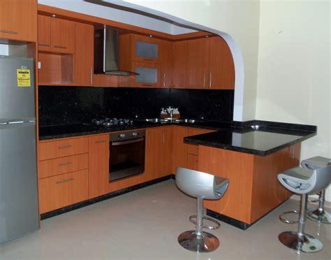 cocinas empotradas modernas  espacios pequenos