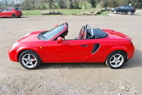 toyota roadster used 2002 toyota mr2 roadster for sale in herts pistonheads