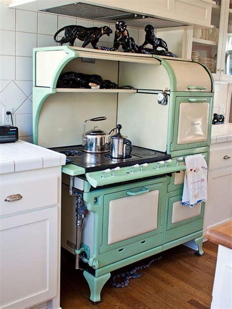 kitchen appliances antique kitchen appliances best 25 vintage kitchen appliances ideas on pinterest