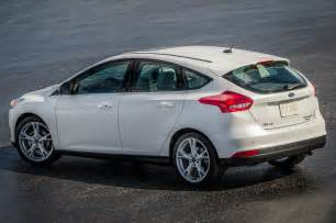 Ford Focus Hatchback 2015 2015 Ford Focus Hatchback Rear Side View From Above Photo 33