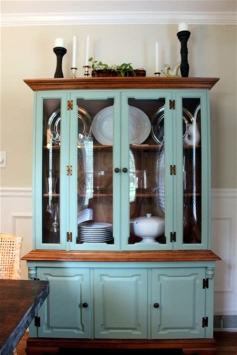 hmmm could paint my new china cabinet blue and brown