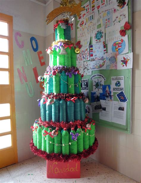ornament contest from recycled detallelogia 193 rboles de navidad reciclando corchos botellas