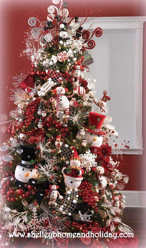 arboles de naviadad con santa clous hermosos arboles de navidad con decoraci 211 n de monos de nieve y santa claus navidad