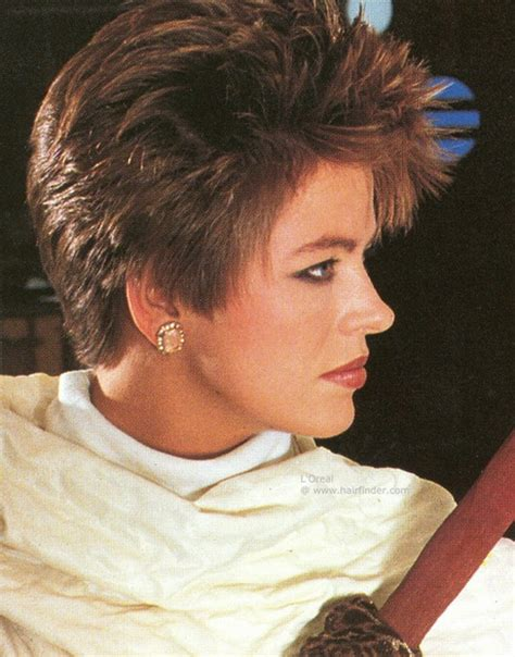 female hairstyles in the 80s 80s short hairstyles women