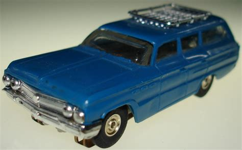 blue station atlas ho scale slot cars blue buick station wagon car