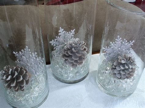 Snowflake Table Decorations by Best 25 Snowflake Centerpieces Ideas On Winter