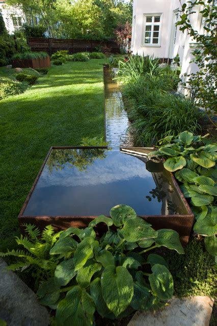 Wasserlauf Garten Modern by Moderner Teich Mit Wasserlauf