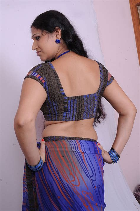 hot saree themes hot aunties google search tamil sex stories