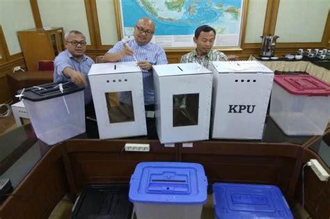 Kotak 14x10x4 Pakai Lapisan Dalam sesuai uu pemilu 2019 pakai kotak suara transparan politik today