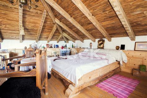 interni casa rustica interno di casa rustica di montagna fotografie