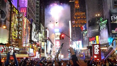 are there bathrooms in times square on nye 2012 times square new year s eve countdown live youtube