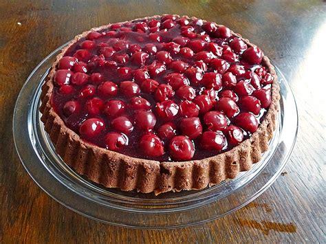 trockener kuchen mit kirschen leichter biskuit kuchen mit kirschen rezept mit bild