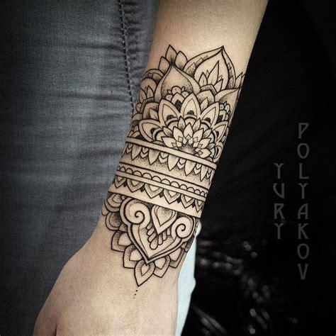 tattoo henna significado manchette mandala dotwork tatoo pinterest tattoo