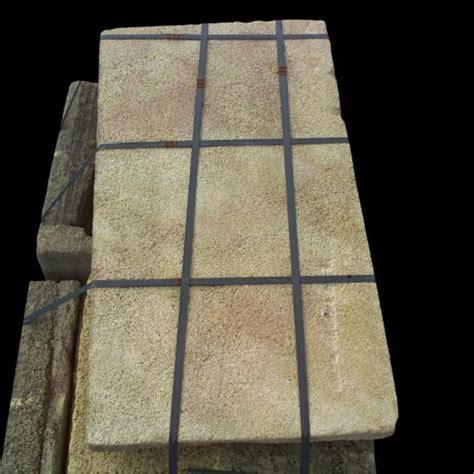 pavimenti antichi in pietra ra ma pavimento antico in pietra di carparo giallo basso