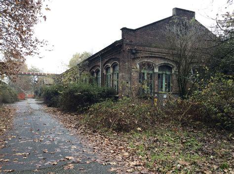 capannoni abbandonati il parco la goccia rudere di una civilt 224 industriale