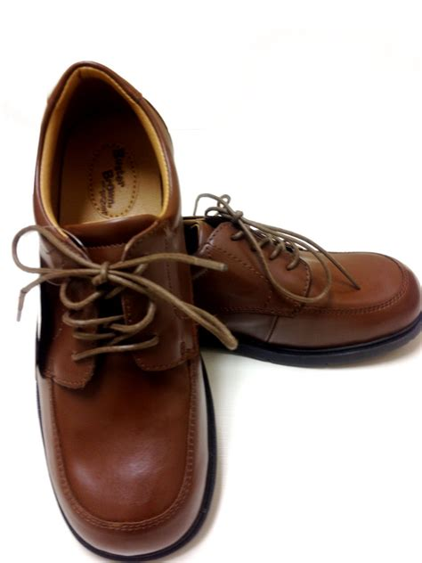brown shoes buster brown dress shoes mymy s closet