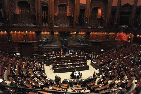 diretta dei deputati voto di fiducia al governo berlusconi segui la diretta