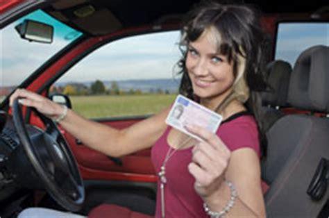 Auto Abmelden Versicherung Prozente by Pkw Versicherung F 252 R Fahranf 228 Nger Pkwversicherung