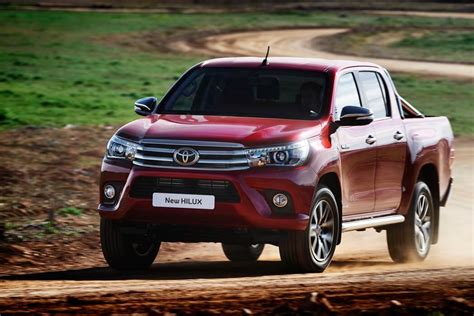 2017 toyota hilux diesel mpg price in usa specs