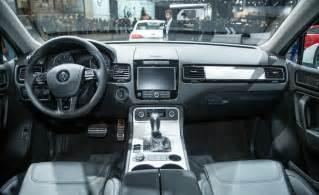 Vw Touareg R Line Interior car and driver