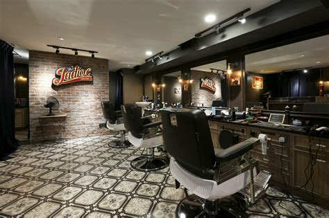 Gentleman s nook this retro vintage barbershop is inspired by english gentlemen barbershops