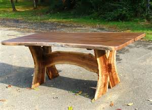build natural wood dining table