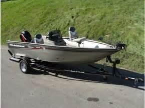 fishing boat for sale mi 2005 tracker pro guide v 16 fishing boat for sale in