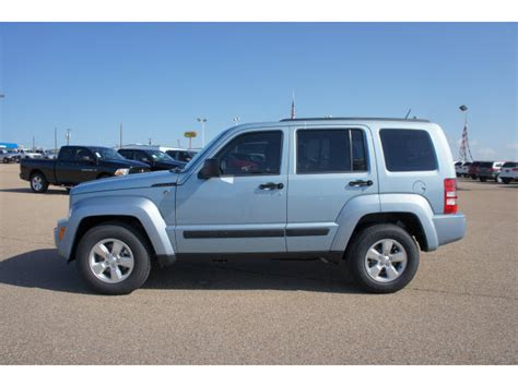 light blue jeep liberty jeep liberty 2012 light blue suv sport gasoline 6