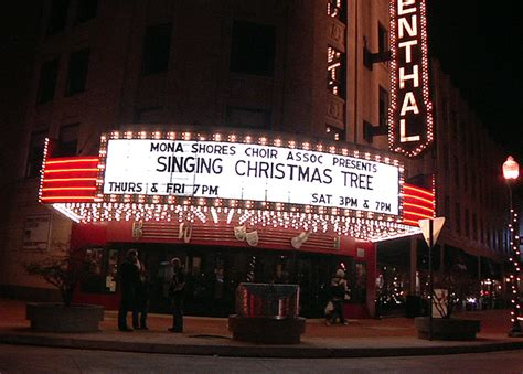 michigan students ascend 5 story singing christmas tree