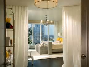 Bedroom Window Treatment Ideas by 2013 Bedroom Window Treatment Ideas From Hgtv Modern